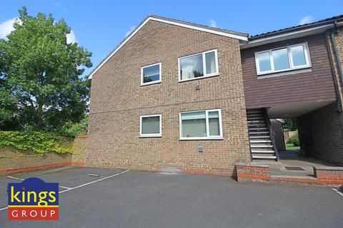 1 bedroom flat for sale - Crouch Court, Harlow