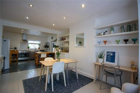5 bedroom end of terrace house for sale - Kingsmead Road, London, SW2