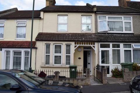 3 bedroom terraced house to rent - Erith, DA8