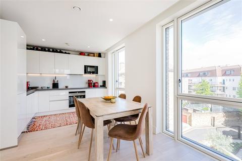 2 bedroom flat to rent - Atrium Apartments, 12 West Row, London, W10