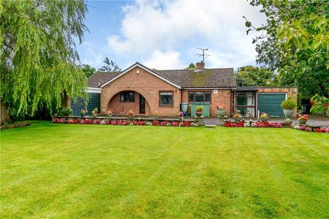 4 bedroom detached bungalow for sale - Post Office Lane, Broad Hinton, Swindon, Wiltshire, SN4