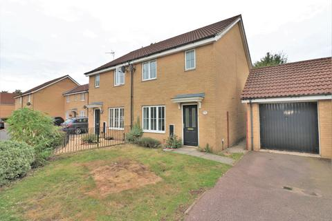 3 bedroom semi-detached house for sale - Russet Way, Dereham NR19