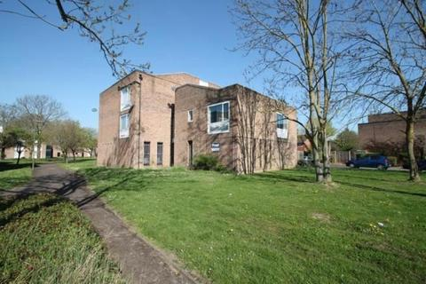 Studio for sale - Whitley Close, Stanwell, Staines-upon-Thames, Surrey, TW19 7DF