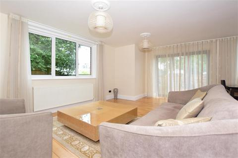 3 bedroom detached house for sale - Sandown Park, Tunbridge Wells, Kent