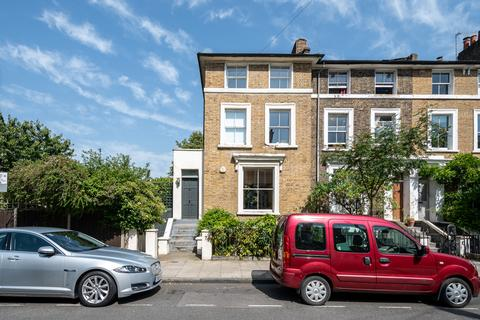 3 bedroom end of terrace house for sale - Greenwood Road, Hackney, London E8