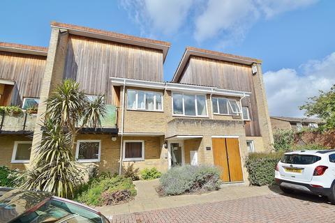 2 bedroom flat for sale - Regents Park