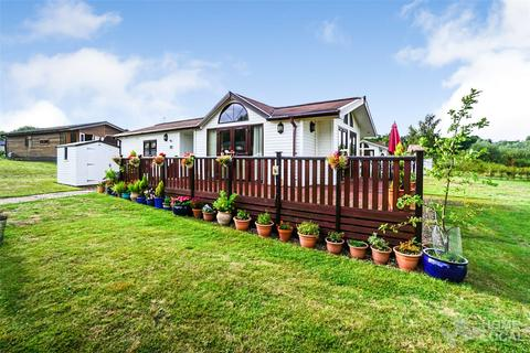 2 bedroom detached bungalow for sale - Warren Lodges, Herbage Park Road, Woodham Walter, Essex, CM9