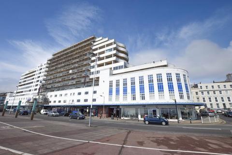 1 bedroom flat for sale - 68 Marine Court, St Leonards-on-Sea, East Sussex