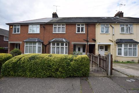3 bedroom terraced house for sale - Catchpool Road, Colchester, CO1 1XN