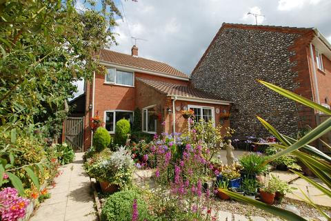 3 bedroom detached house for sale - Foundry Close, Northrepps