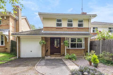 4 bedroom detached house to rent - Owlsmoor, Sandhurst, GU47