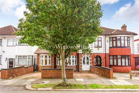 4 bedroom terraced house to rent - Belgrave Gardens, London, N14