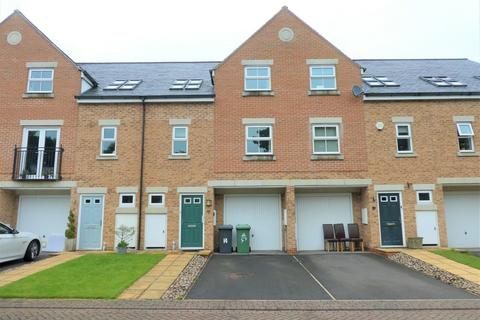 4 bedroom townhouse to rent - 14 Woodland Court, Thorp Arch LS23 7BP