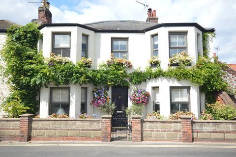 3 bedroom semi-detached house for sale - Beach Road, Winterton-on-sea