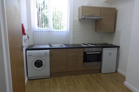 Studio to rent - Carlyle Road, Birmingham, B16