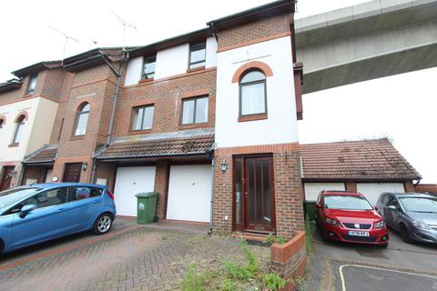 4 bedroom townhouse for sale - Northern Anchorage, Woolston