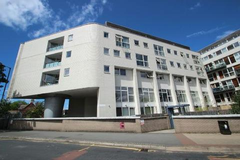 2 bedroom apartment for sale - Broad Road, Sale