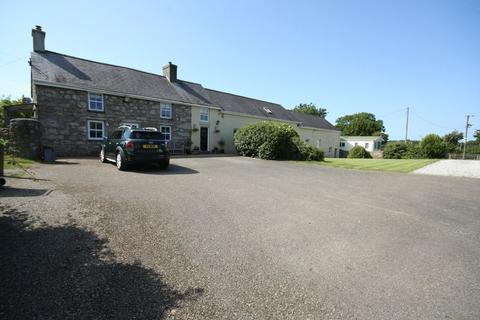 6 bedroom farm house for sale - Talwrn, Llangefni, Anglesey