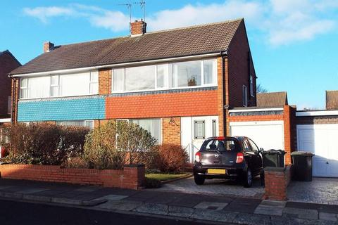 3 bedroom semi-detached house to rent - Barrington Avenue, North Shields