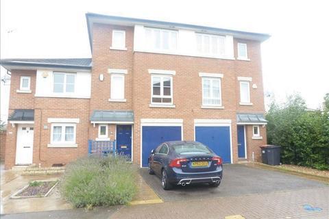 3 bedroom townhouse to rent - Acorn Way, Bedford