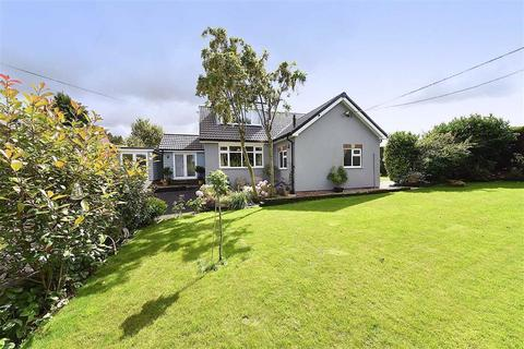 3 bedroom detached house for sale - Whirley Road, Macclesfield