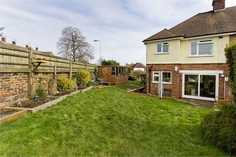 3 bedroom semi-detached house for sale - Newlands Road, Tunbridge Wells, TN4