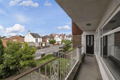 1 bedroom flat for sale - Warren Road, Chingford