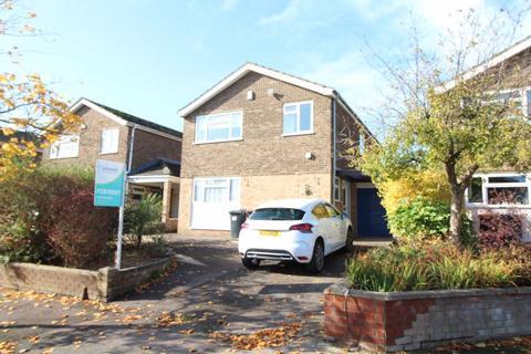 4 bedroom house to rent - Brickhill - Ref: P0924