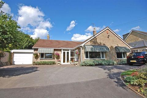 5 bedroom detached bungalow for sale - Cudnall Street, Charlton Kings, Cheltenham, GL53
