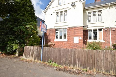 3 bedroom flat for sale - Jenner Road, Barry