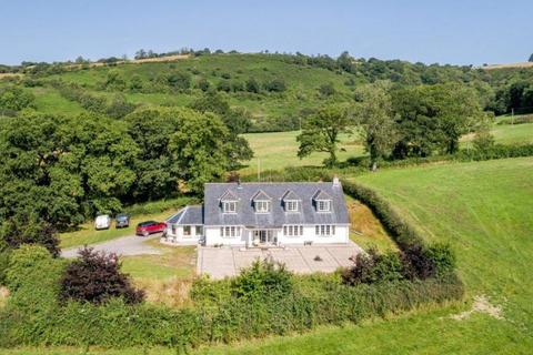 4 bedroom property with land for sale - Llanfynydd, Nr Carmarthen