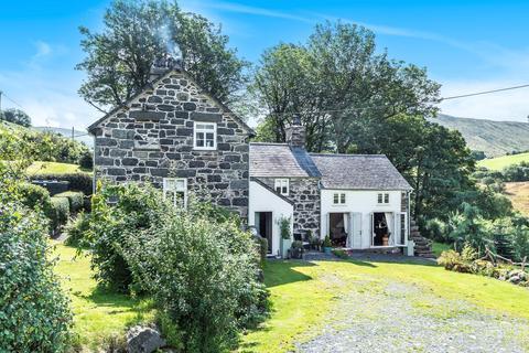 5 bedroom detached house for sale - Bala GWYNEDD