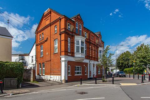 3 bedroom flat for sale - The Old Bakery, Severn Road, Canton