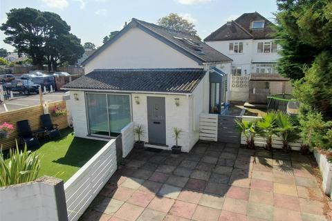 3 bedroom detached house for sale - Gin Alley, Sandbanks, Poole