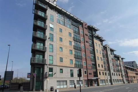 1 bedroom apartment to rent - City Point 2, Chapel Street, Salford