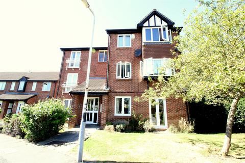 2 bedroom flat to rent - Rabournmead Drive, Northolt