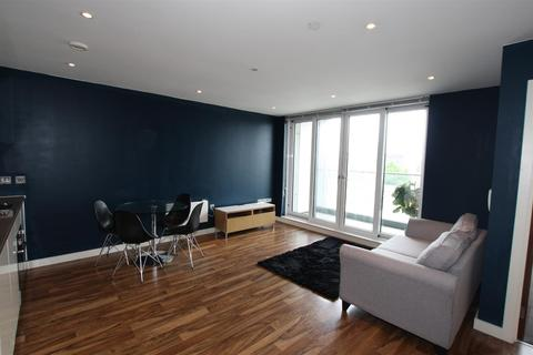 2 bedroom apartment to rent - Milliners Wharf, Munday Street, Manchester