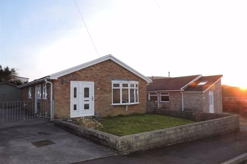3 bedroom detached bungalow for sale - Delffordd, Rhos