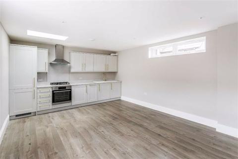 1 bedroom flat for sale - Eastwood Road, Bramley, Guildford, Surrey, GU5