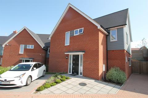 4 bedroom detached house for sale - Castor Park, Allington