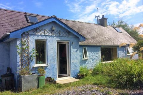 3 bedroom detached house for sale - Rhosirwaen, Pwllheli