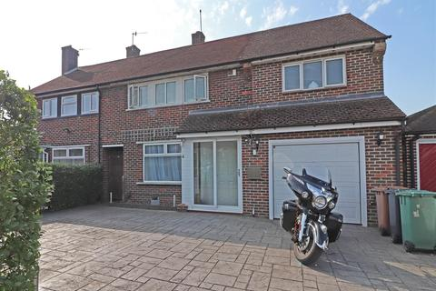 4 bedroom semi-detached house for sale - Dundrey Crescent, Merstham, Redhill