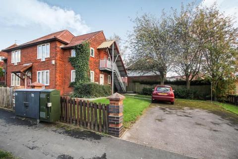 1 bedroom flat to rent - Winrose Drive, Leeds, LS10