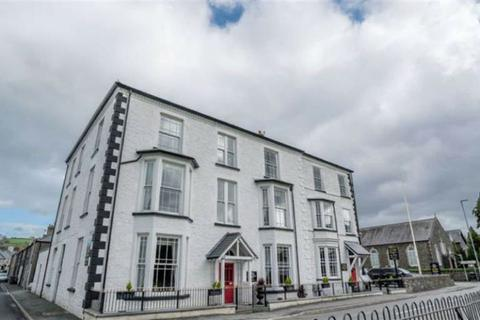 Guest house for sale - Station Road, Llanrwst