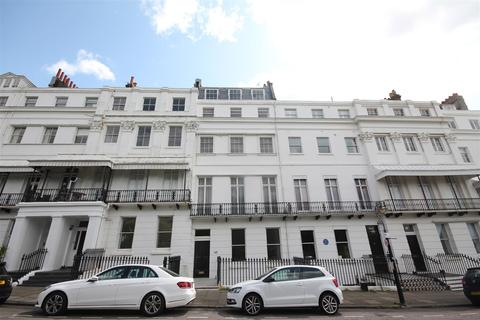 2 bedroom flat to rent - Sussex Square, Kemp Town, Brighton