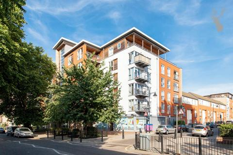 2 bedroom flat for sale - Bevan Court, Tredegar Road, Bow
