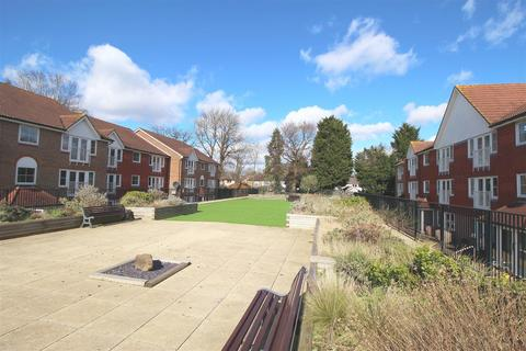 1 bedroom flat to rent - Tuscany Gardens, Northgate