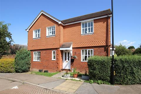 3 bedroom detached house to rent - Pangdene Close, Burgess Hill