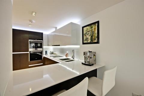 2 bedroom apartment for sale - Belvedere House, Kew Bridge Road, Brentford, London