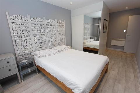 2 bedroom apartment to rent - North Point, Tottenham Lane, Crouch End, N8